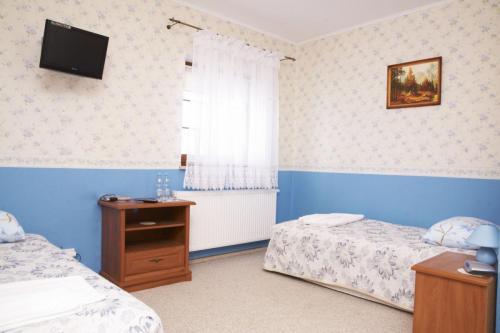 Zielony-Zakatek-pokoj-niebieski
